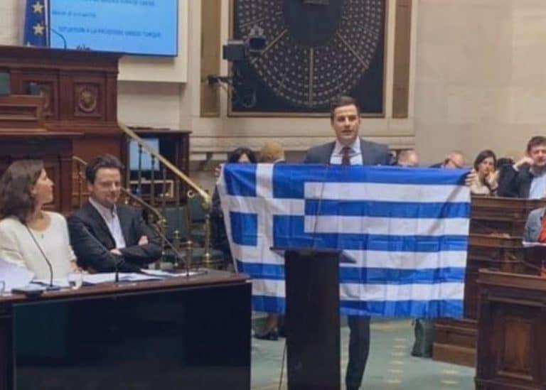Επικοινωνία Γιάννη Λαγού με τον Βέλγο βουλευτή που σήκωσε την ελληνική Σημαία στο φλαμανδικό κοινοβούλιο