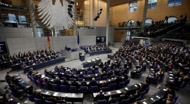 Γερμανική βουλή εναντίον Ελλάδας για το λαθρομεταναστευτικό: Άμεση αντίδραση Γιάννη Λαγού