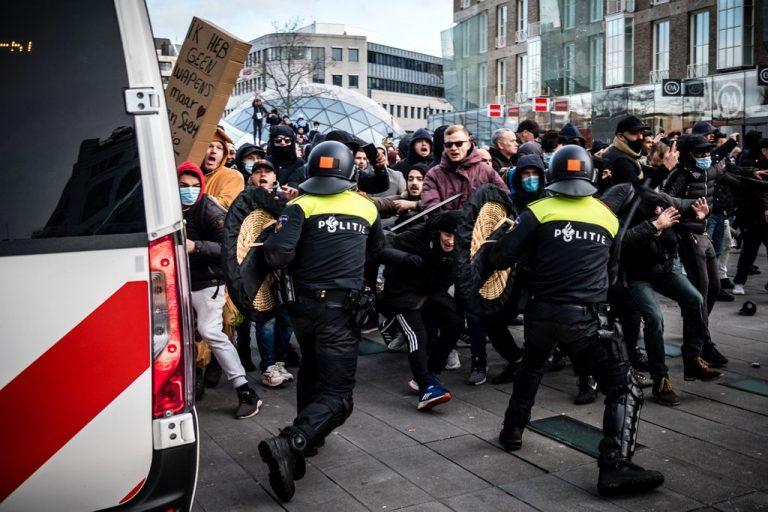 Συνεχίζεται η εξέγερση στην Ολλανδία