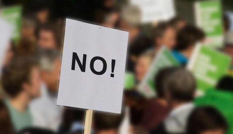ΕΛΑΣΥΝ: Παροχή δωρεάν νομικής βοήθειας σε όποιον πολίτη αρνείται να εμβολιαστεί